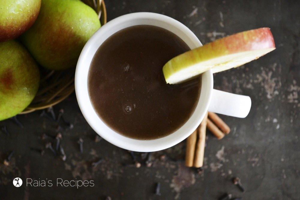 Easy, Homemade Apple Cider | RaiasRecipes.com