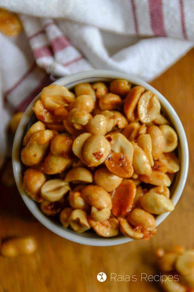 Homemade Honey Roasted Peanuts profile close
