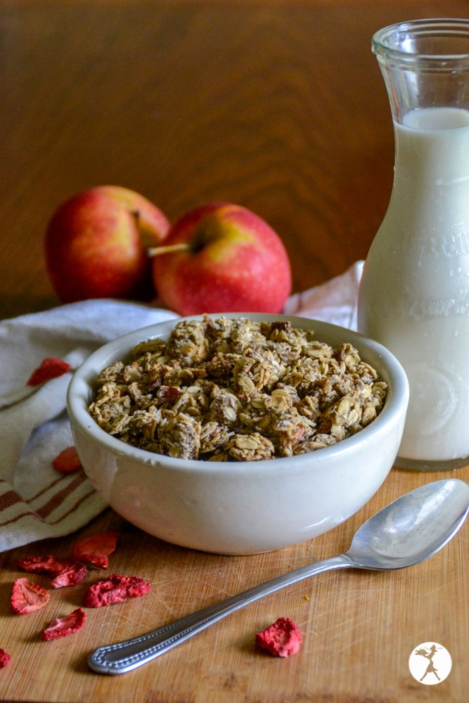 Strawberry Apple Granola from Raia's Recipes
