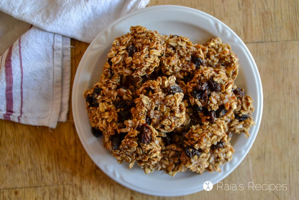 Chewy Fruity Oatmeal Breakfast Cookies top