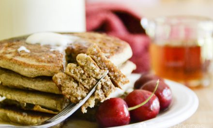 Easy Yogurt Applesauce Pancakes