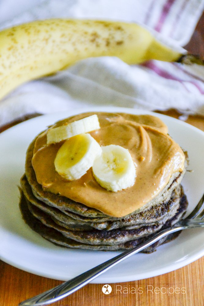 Banana Buckwheat Pancakes from Raia's Recipes