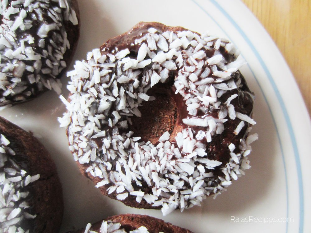 Dark Chocolate Banana Doughnuts | gluten-free, egg-free, dairy-free | RaiasRecipes.com