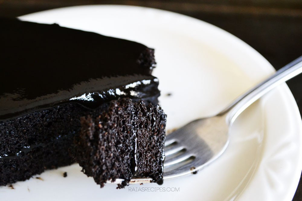 Grain-Free Chocolate Treats spiced dark chocolate cake