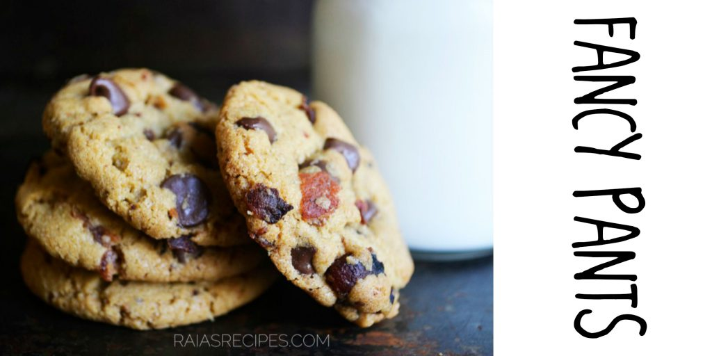 The Ultimate Gluten-Free Chocolate Chip Cookie Round-Up | RaiasRecipes.com