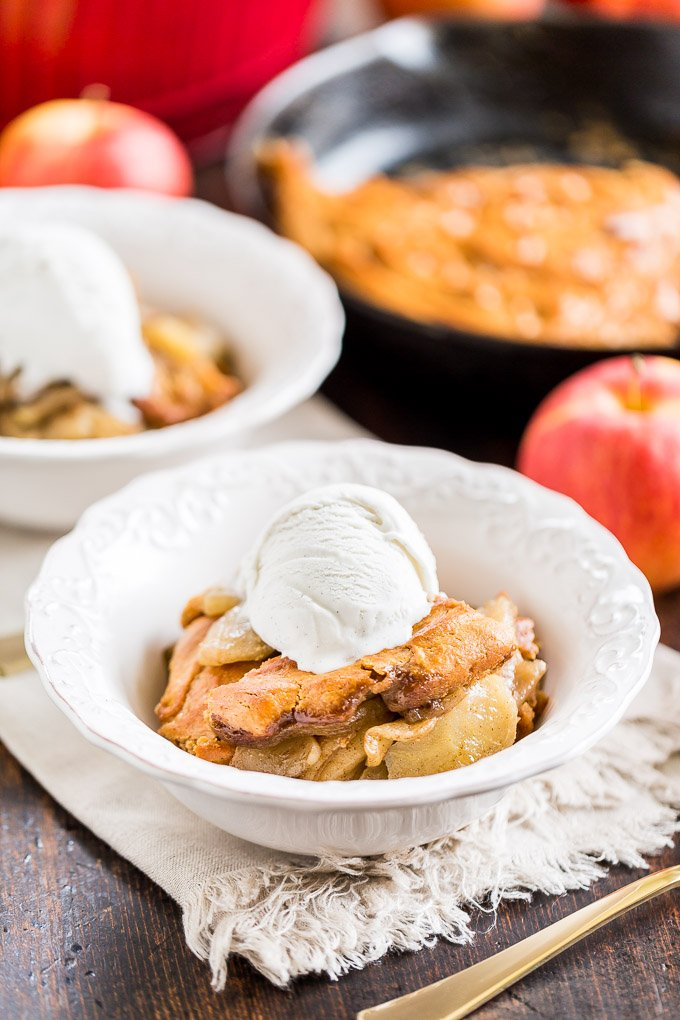 delicious gluten-free cakes round-up apple pie skillet cake
