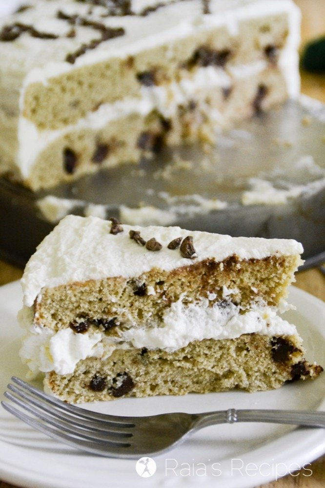 delicious gluten-free cakes round-up giant chocolate chip cookie cake