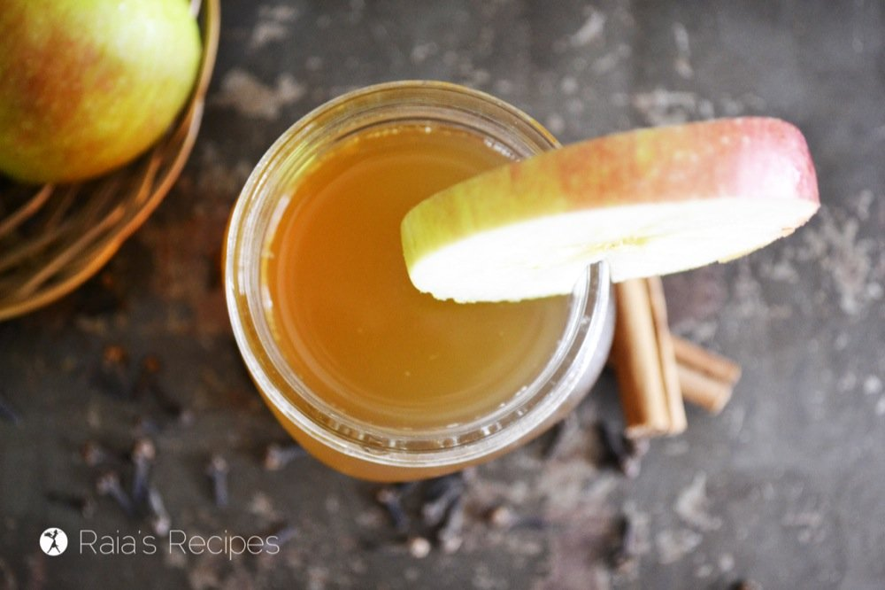 This Spiced Apple Kombucha is a delicious way to fill your with body with much needed nutrients. | RaiasRecipes.com