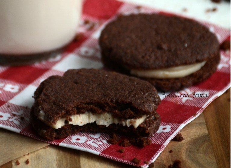 Paleo Oreo Cookies from Forest & Fauna