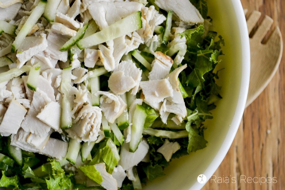 Simple Green Salad with Leftover Turkey and Homemade Ranch Dressing | RaiasRecipes.com