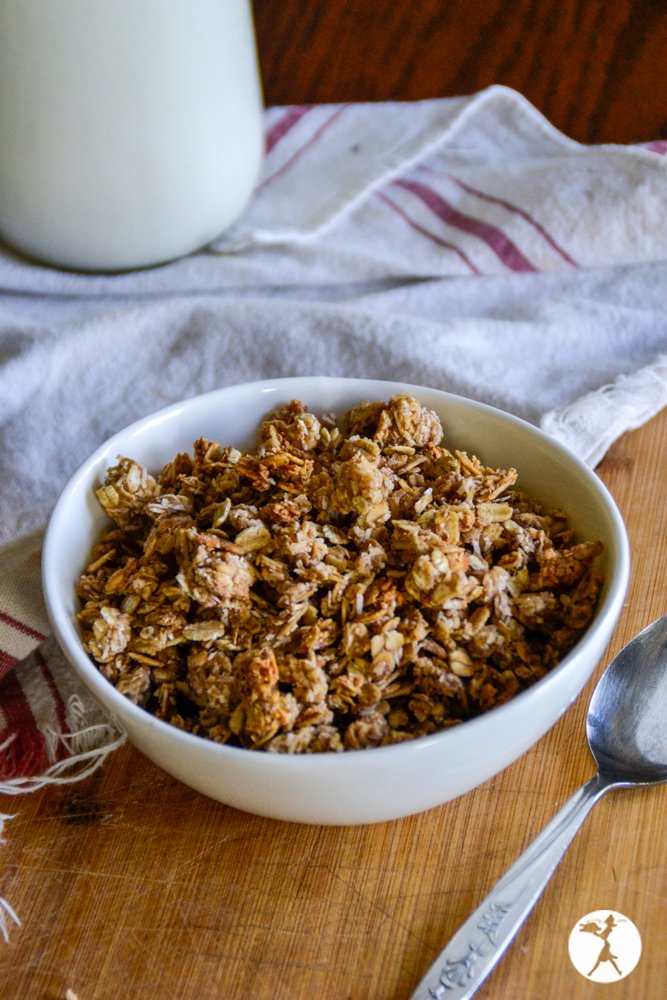 Bowl of gluten-free cinnamon coconut granola. raiasrecipes.com