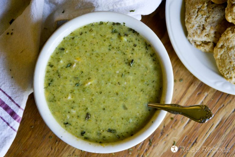 Cheesy Chicken & Broccoli Soup in the Instant Pot