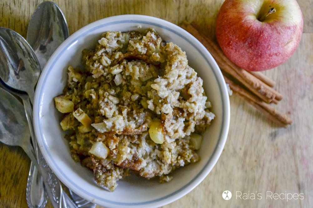 Soaked Maple Apple Baked Oatmeal top