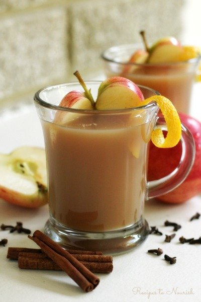 Fall is right around the corner. Get ready to feast with these gorgeous gluten-free apple desserts.