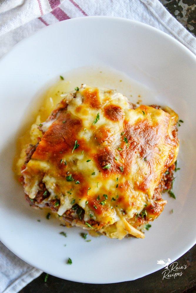 top shot of spaghetti squash pizza casserole from raiasrecipes.com