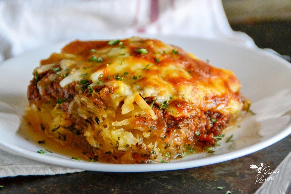 primal, keto, GAPS spaghetti squash pizza casserole from raiasrecipes.com