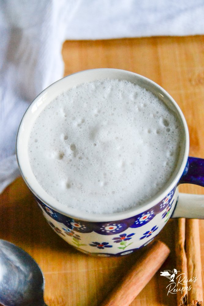 paleo cinnamon yerba mate latte raiasrecipes.com
