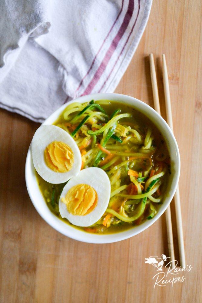 ramen zoodle soup raiasrecipes.com
